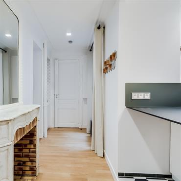 La rénovation de cet appartement ancien a consisté à ouvrir et fluidifier les espaces.