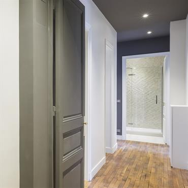 idee deco entree couloir palier maison design On idee renovation couloir
