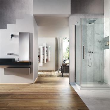 Nouveau cabine de douche avec porte pivotante
