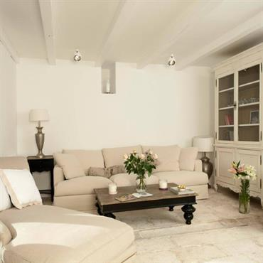 Private summer House – Croatia Project: Kaliterna Architektura D.O.O. – Croatia CONCEPT: DIALMA BROWN