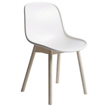Chaise Neu / Plastique & pieds bois - Hay blanc