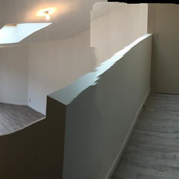 Vue de la mezzanine d'accès aux chambres