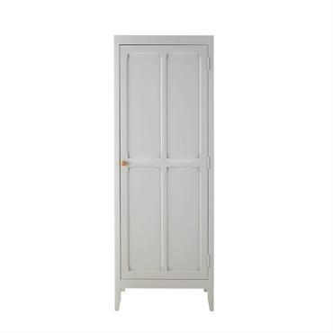 Sobre et épuré, ce dressing 1 porte en pin gris SWEET vous offrira les rangements essentiels pour la garde-robe de bébé. À l'intérieur, ce dressing gris possède une barre de ...