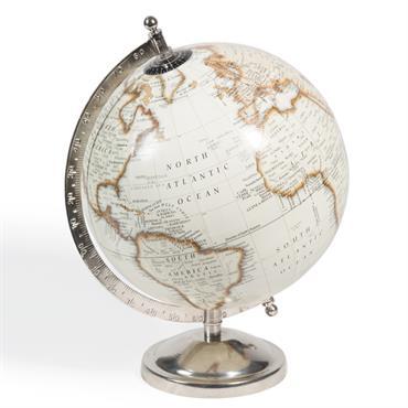 Pour les amoureux de voyages et les globetrotteurs aguerris, rien de tel que le globe terrestre carte du monde beige CLEMENCE . Avec son support en métal argenté, il offrira ...