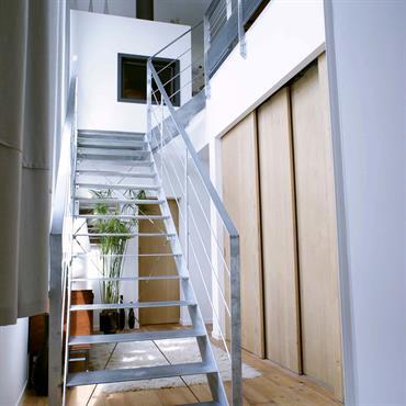 Escalier en aluminium contemporain