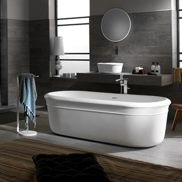 Baignoire et vasque d'inspiration ancienne revisitées dans un matériau dernière génération : le Krion®.