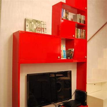 Un meuble TV plein de rangements