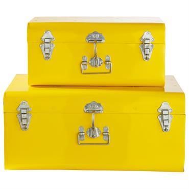 2 malles en métal jaunes