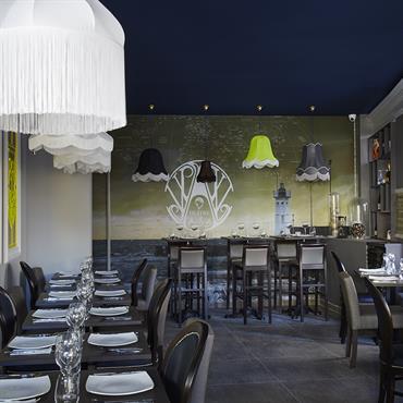 Le restaurant l'huîtrerie, nouveau concept de bar à huître décoré par Soraya Deffar