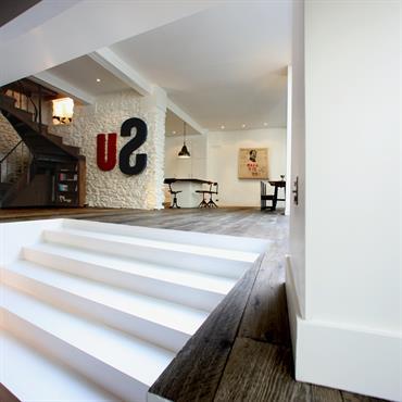 Salon Avec Escalier Peinture Escalier Bois Idee Peinture Escalier