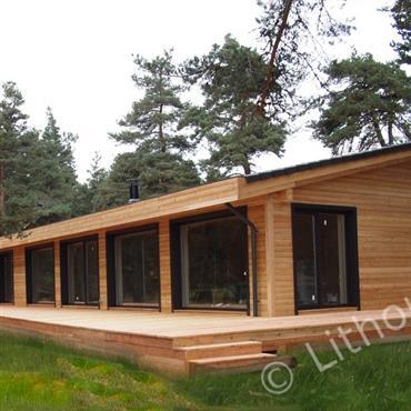 Moderne et proche de la nature et ajustement parfait dans le milieu environnant.