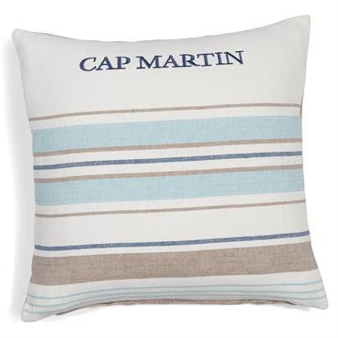 Avec ses jolies rayures, cette housse de coussin fera souffler un air marin dans votre déco. Mêlant le bleu, le blanc et le beige, cette housse en coton complètera votre ...