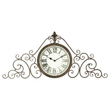 Le temps qui passe n'a pas de prise sur cette horloge en métal. On pourrait le croire, à voir ses finitions anciennes et son esthétique classique, mais la voici, toujours ...