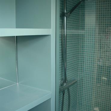 Détail douche sous combles