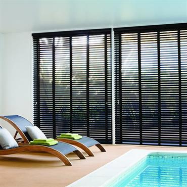 Stores vénitiens  pour piscine d'intérieure - gamme Nature avec traitement antifongique