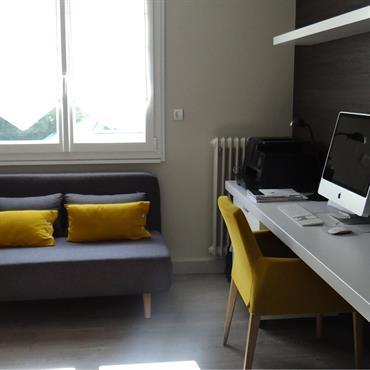 Coin bureau moderne gris et jaune