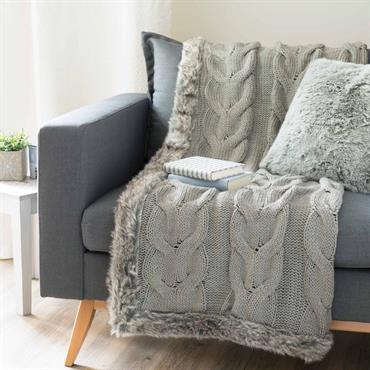 Jeté tricoté avec fausse fourrure gris 125 x 150 cm COPENHAGUE