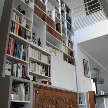 Grande bibliothèque sur 2 étages