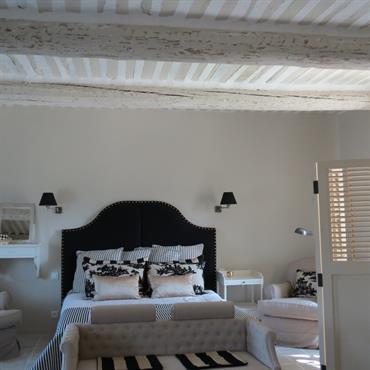 Chambre moderne tendances nouveaut s et photos domozoom - Chambre avec poutre ...