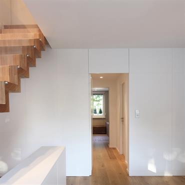 Escalier sur mesure - agencement d'intérieur