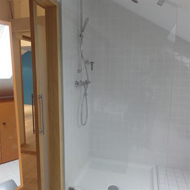 Douche sous les toits