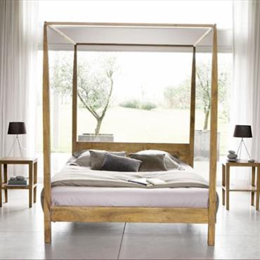Pour votre chambre à coucher, osez l'originalité en choisissant le lit à baldaquin en acacia AMSTERDAM. Sobre et de couleur chaude, ce lit adulte 160 cm s'accorde à un style ...