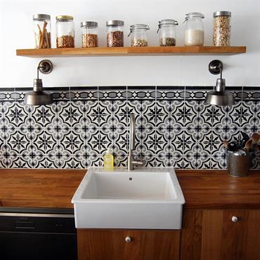 Carrelage cuisine la tendance du carrelage motifs par for Cuisine style ancien et moderne