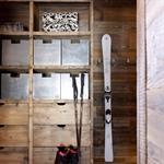 Un coin montagne pour ranger les skis avec
