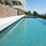 Maison contemporaine avec piscine dans le var