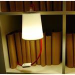 Lampe Light Book pour étagères et bibliothèques - Designheure blanc en métal