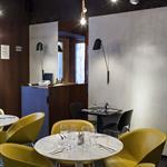 Habillage des murs du restaurant Little Apple