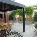 Terrasse de ville en bois exotique