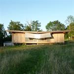 La maison en bois une fois fermée