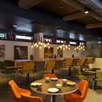 Habillage salle réception en Panbeton® Bois vertical Brut Moyen