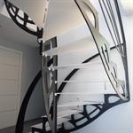 Escalier design papillon noir et blanc