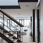 Escalier ajouré en bois et acier